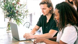 3 benefits of guarantor loans for young adults with a thin credit history